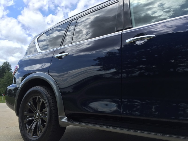 Exterior styling of the 2017 Nissan Armada