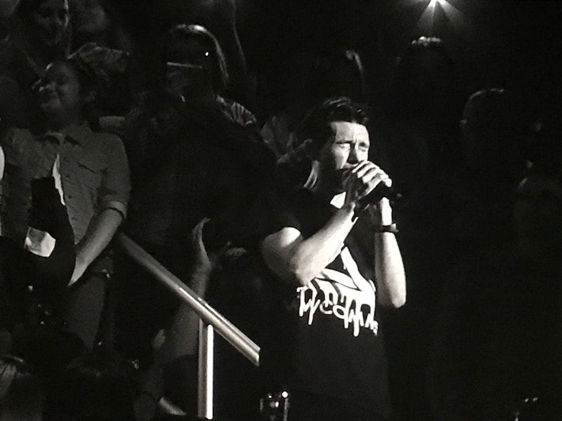 Bastille singing from the rafters