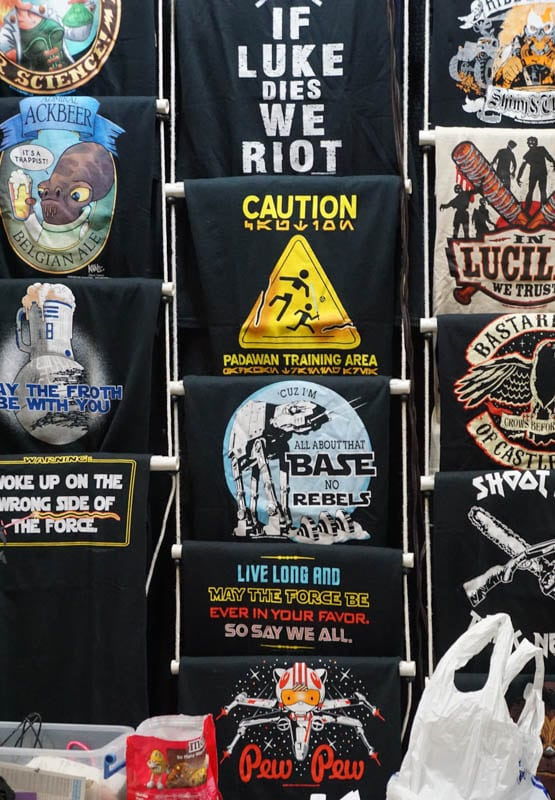 T-shirts - Awesome Con