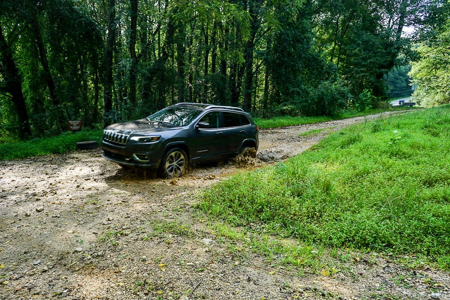 Jeep Cherokee in the mud