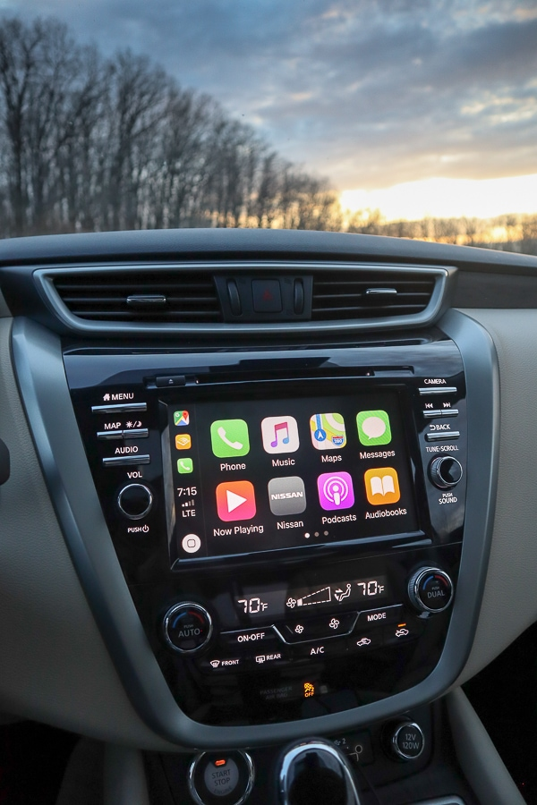 Nissan Murano Apple CarPlay
