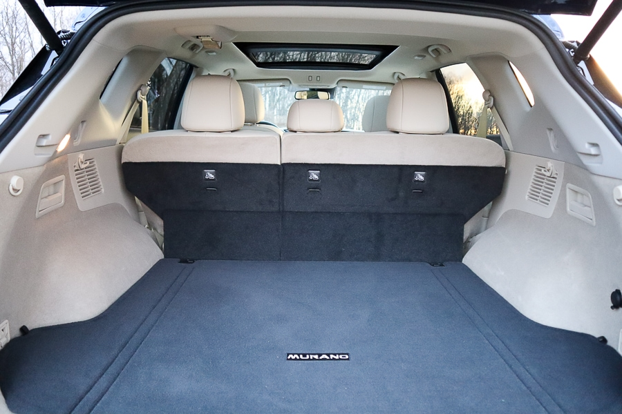 Nissan Murano cargo space behind the second row
