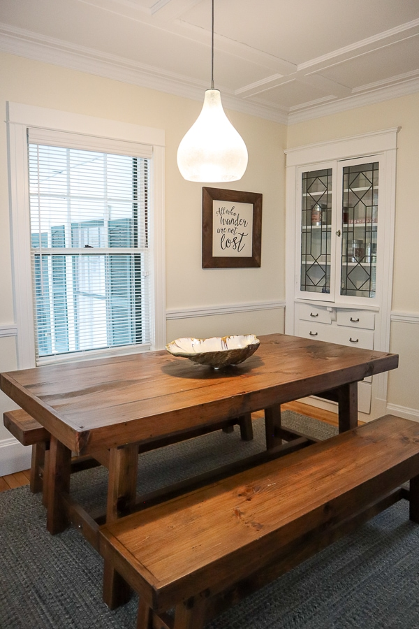 LL Bean guest house dining room