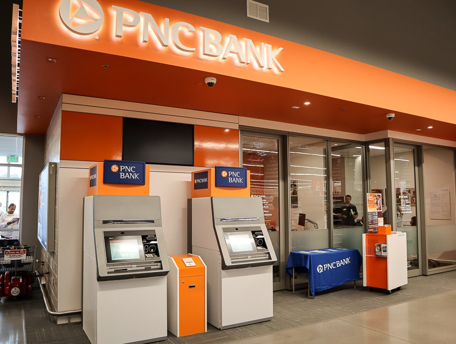 PNC Bank at Giant