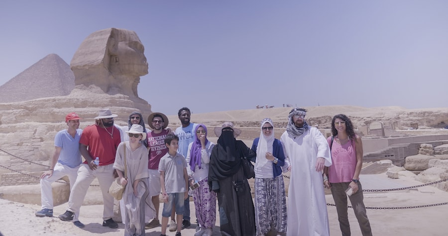 Visiting the Sphinx as a mixed group