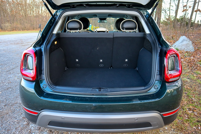 Cargo space in the 2019 Fiat 500X