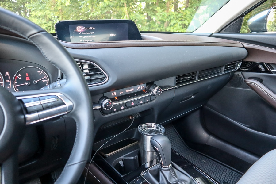 Mazda CX-30 dashboard