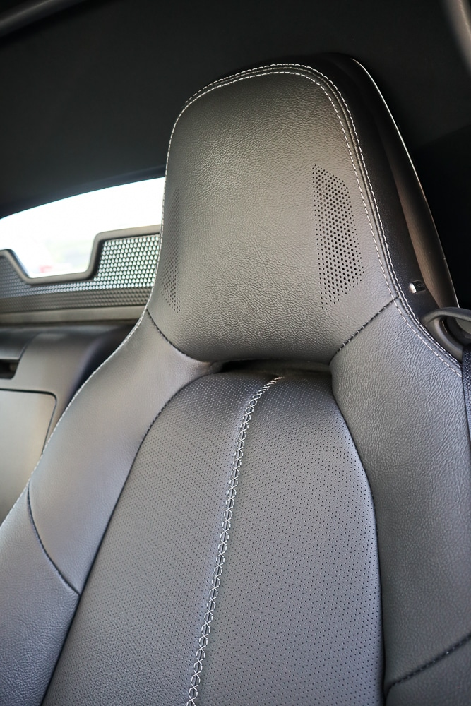 Leather trimmed seats with speakers in the headrest
